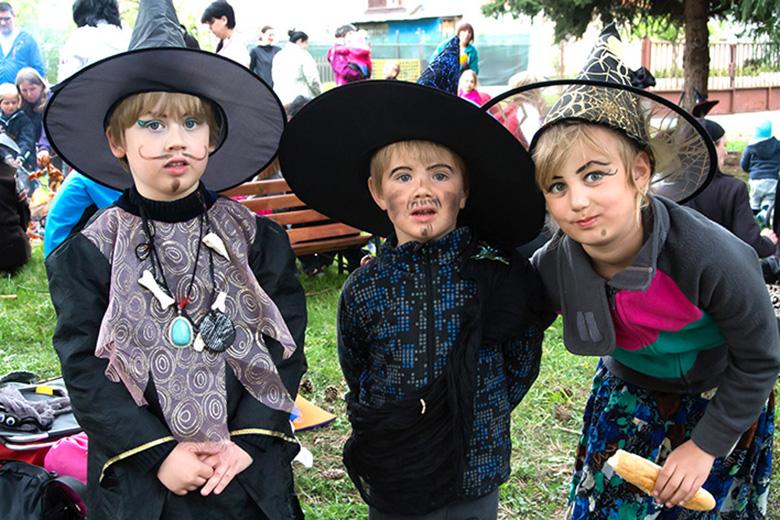 6. slet čarodějnic a čarodějů
