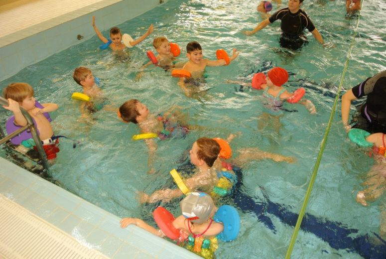 První plavání