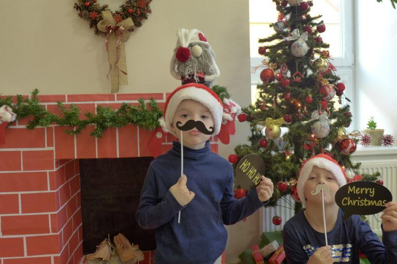 Legrační vánoční focení